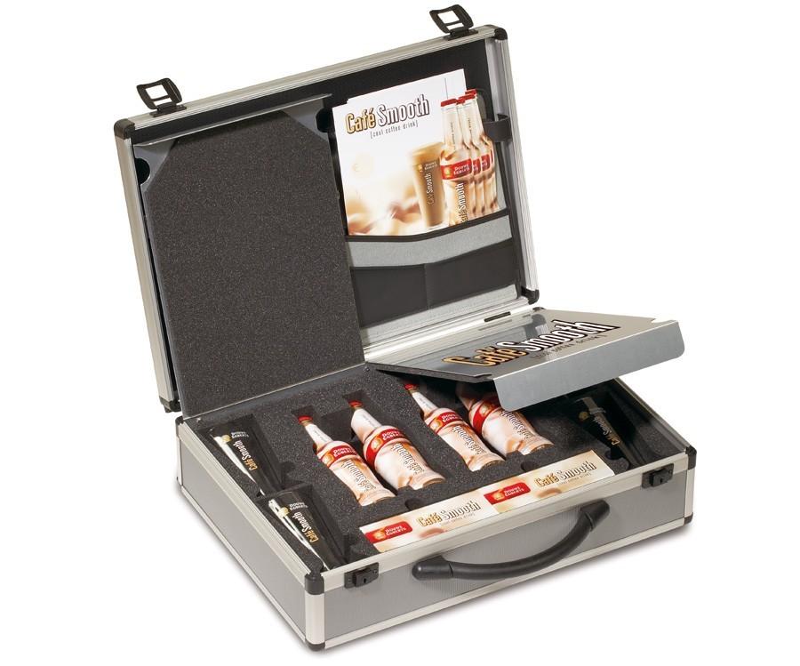 koffer met foam inlay en aluminium inserts